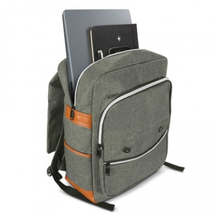 113394-0_nirvana_backpack_open